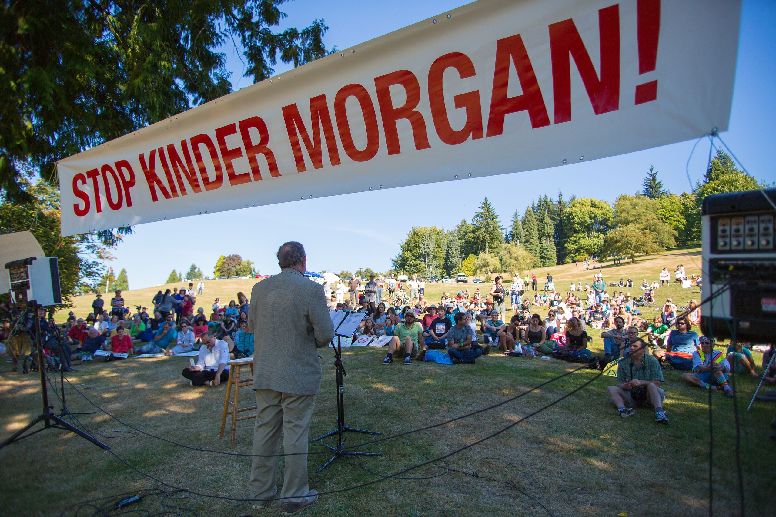 Burnaby Mayor Derek Corrigan addresses the crowd, at the STOP KINDER MORGAN protest rally, on Burnaby Mountain Park.