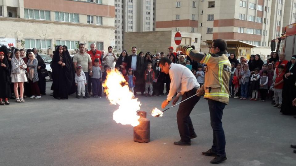 Fire training for highrise residents during the 999-project. Photo by Tehran Fire Department