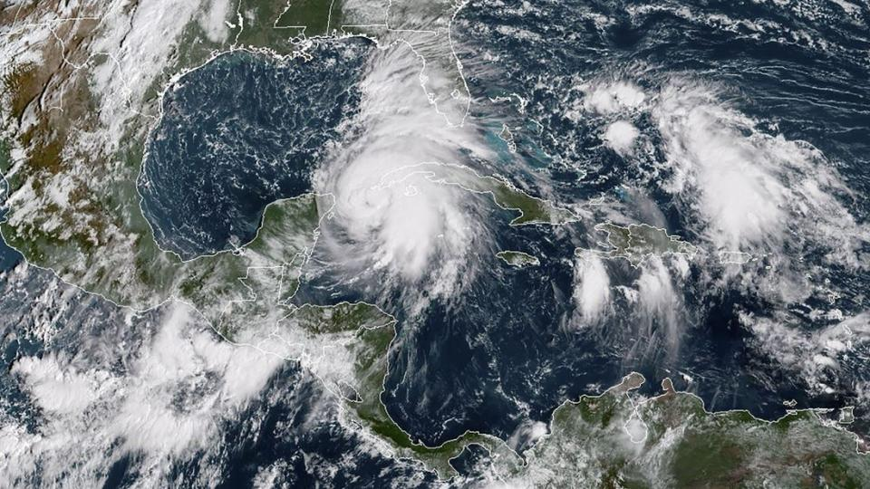 A satellite image from Monday shows Michael´s position in the Mexican Gulf. It is expected to move to Florida during Tuesday and Wednesday.