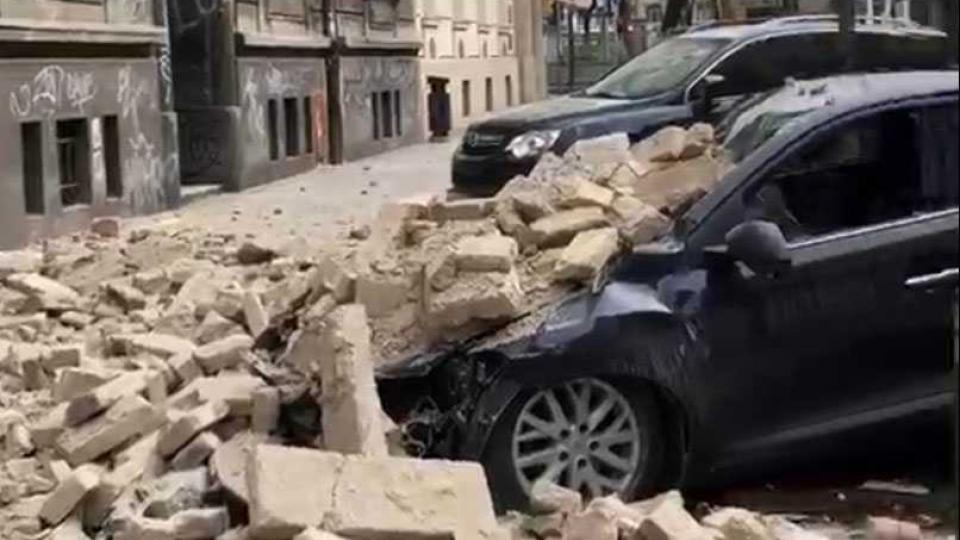 Cars buried in fallen bricks from buildings damaged in Sunday´s 5,4 earthquake near Zagreb. Photo: Private