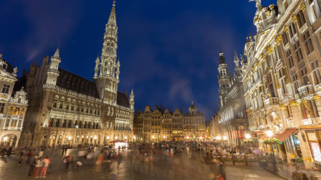 Brussels By Night. Photo by Flickr