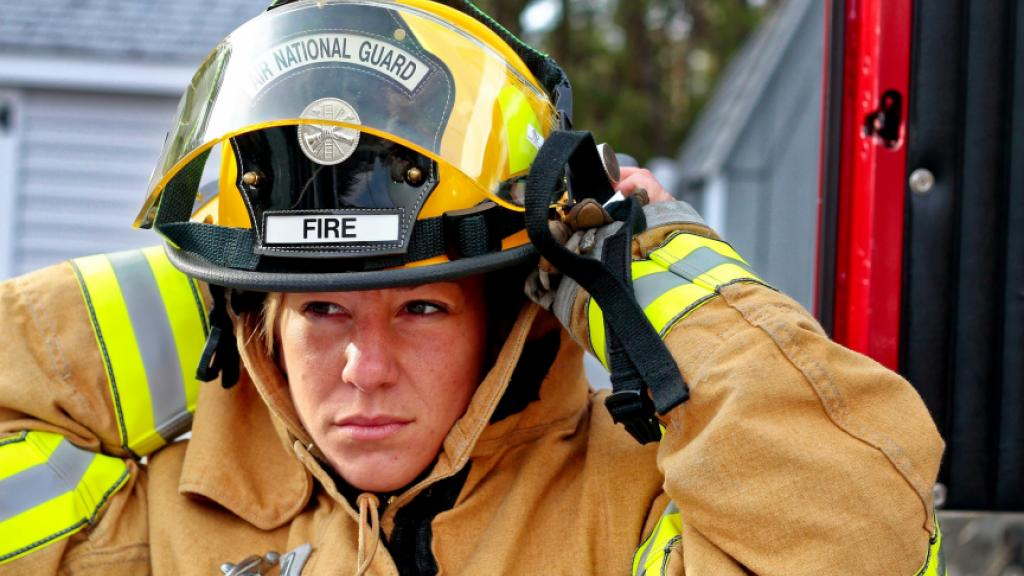 Female firefighter. Photo: Wikipedia