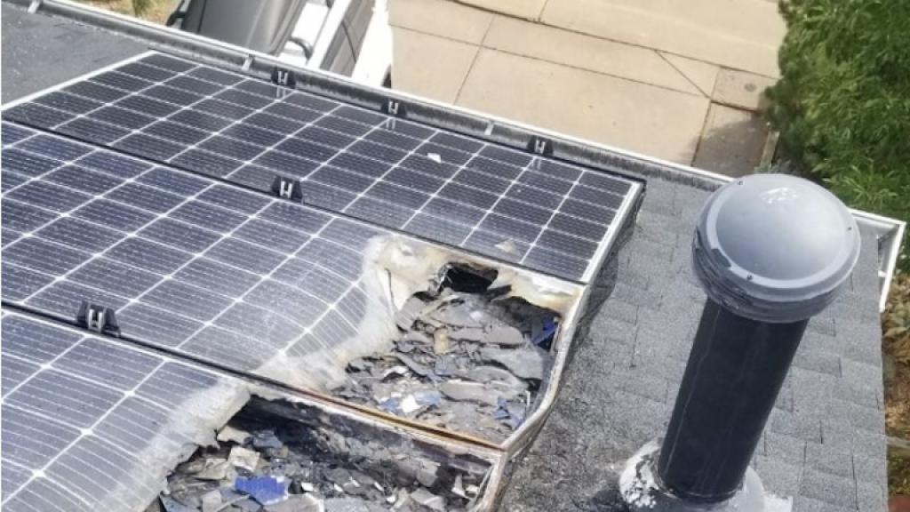 Burnt solar panel on Briana Greer´s roof.