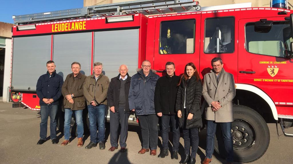 CTIF´s Executive Committee in front of a Luxembourg fire station vehicle, during their November meeting 2019.